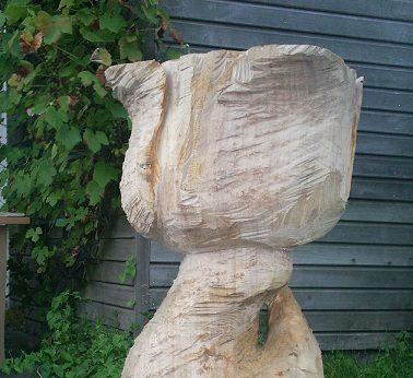 Houtsculptuur tulp